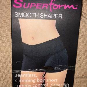 NEW- Superform tummy control boy short